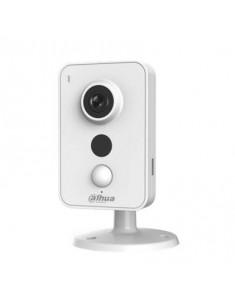 """IPC-K15    Cámara compacta WiFi IP con PIR de 6 m e iluminación infrarroja de 10 m para interior. CMOS 1/3""""."""